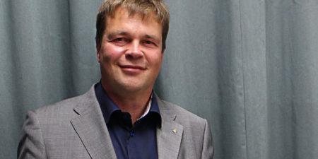 Professor Ronald Österbacka