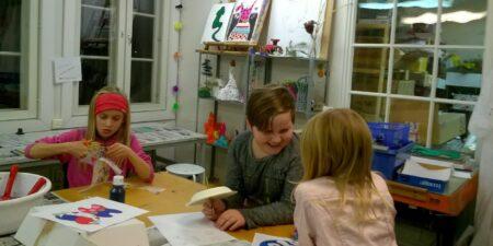 Barn i konstskola