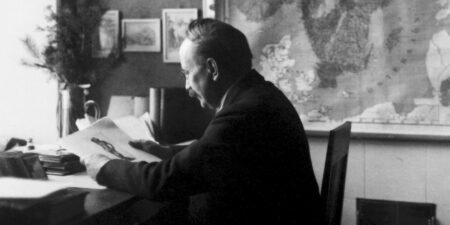 Svartvit gammal bild på Josef Strzygowski