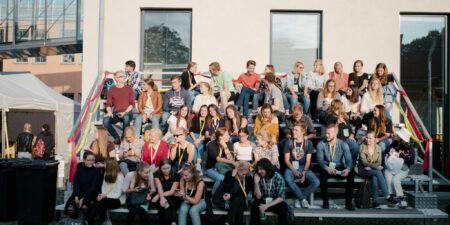Bild på en fullsatt läktare på Street Festivalen
