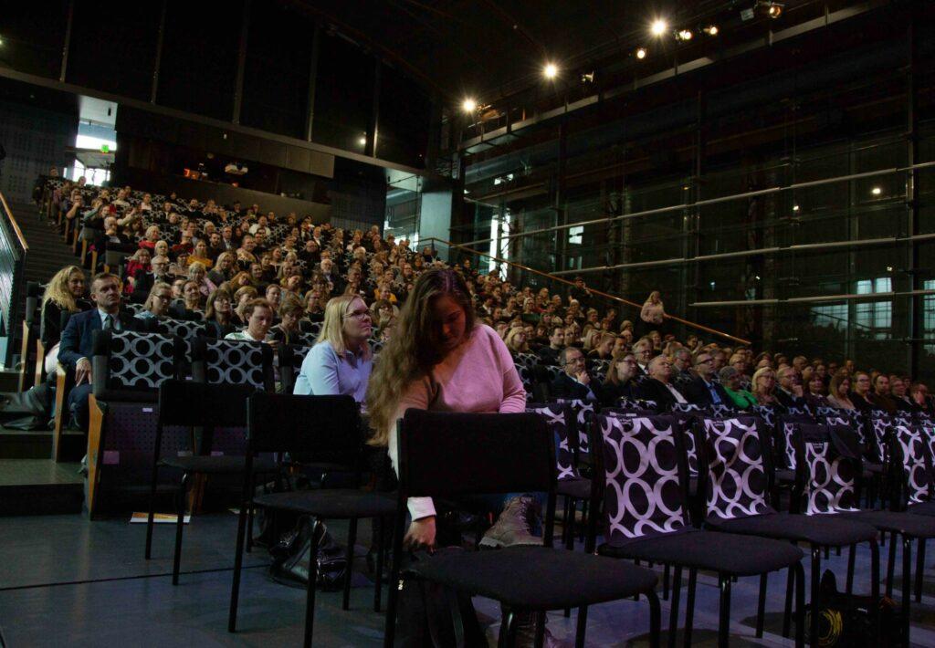 Bild över publiken i Sigynsalen.