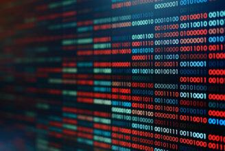 Binär data, alltså nollor och ettor, i rött och blått.