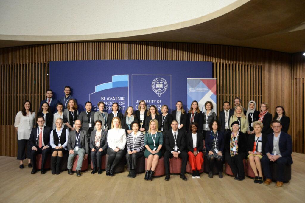Expertgruppen som i början av april samlades vid Blavatnik School of Government vid Oxford University för att validera anti-korruptionsmodulerna.