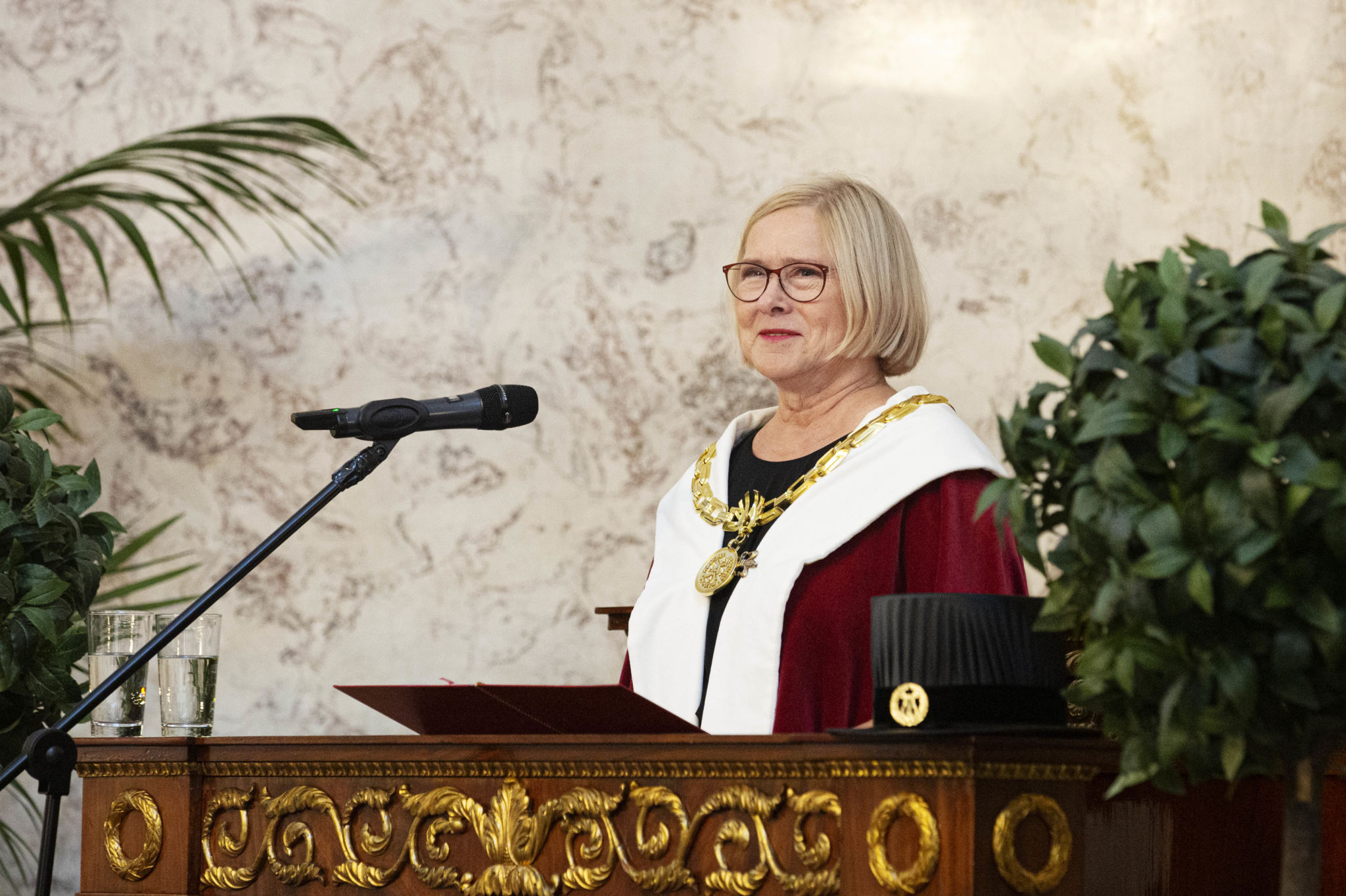 Rector Moira von Wright giving her inauguration address.