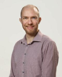 Porträttbild av Magnus Hellström