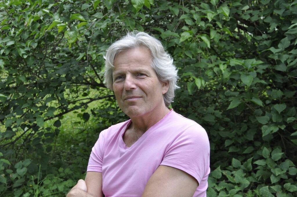 Porträttfoto på Hannes Nykänen.