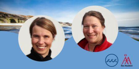 Henna Rinne och Sonja Salovius-Laurén mot en havsbakgrund