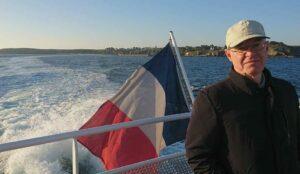 Christian Plejel åker båt.