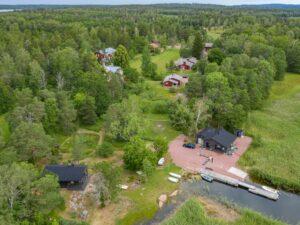 Flygbild över Husö biologiska station.