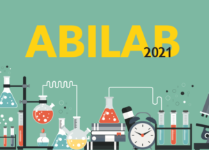 Abilab pärmbild. Grön bakgrund med ritade laboratorieverktyg och Abilab 2021 i text.