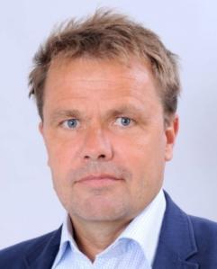 Portrait picture of Henrik Ringbom